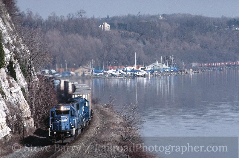 Photo 0179<br /> Conrail; Marlboro, New York<br /> March 27, 1998