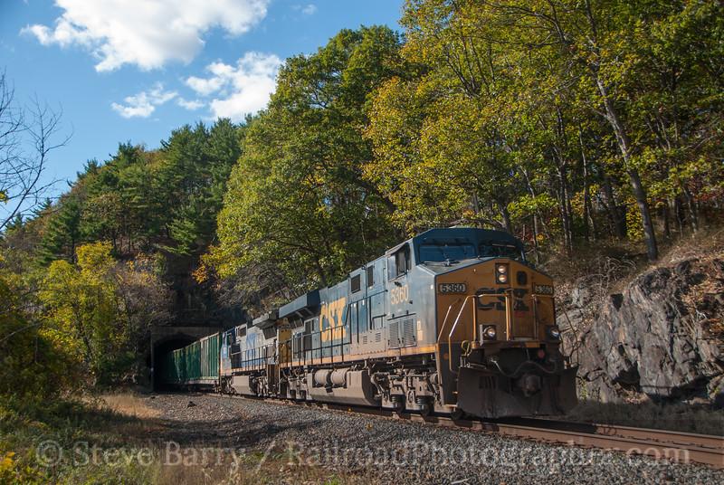 Photo 3240<br /> CSX Transportation; Fort Montgomery, New York<br /> October 26, 2014