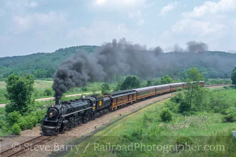 Grand Trunk Western 6325; Jewett OH; 6/9/02