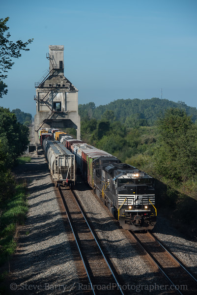 Photo 4273<br /> Norfolk Southern<br /> Marion, Ohio<br /> August 13, 2017