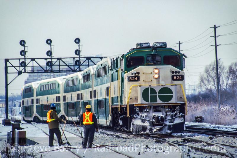 Photo 0270<br /> GO Transit; Burlington, Ontario<br /> January 29, 2005