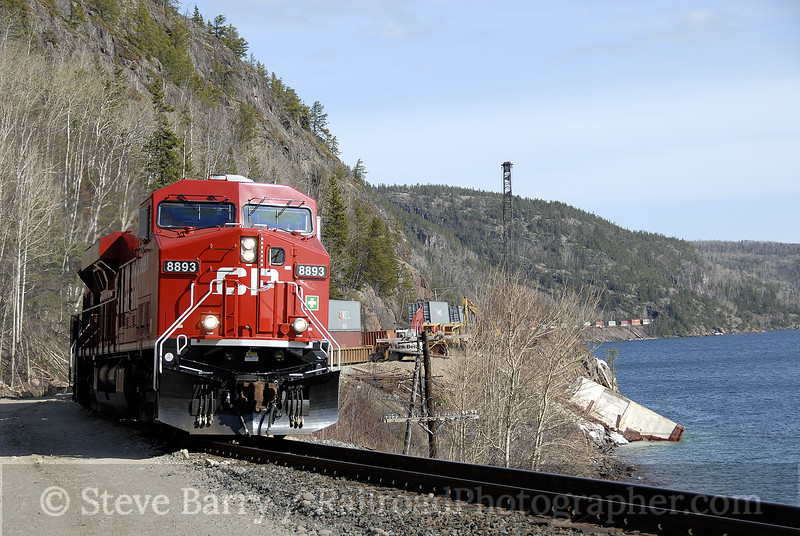 Photo 1164<br /> Canadian Pacific; Cavers, Ontario<br /> May 9, 2008