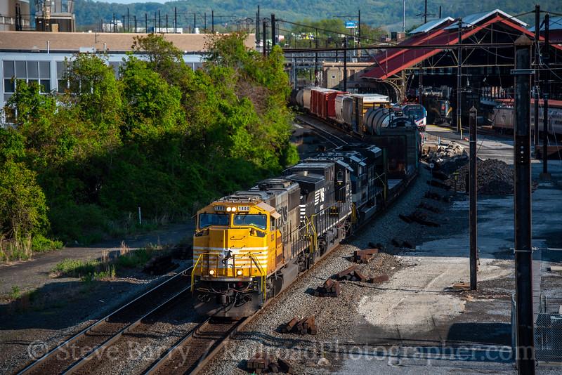 Norfolk Southern; Harrisburg PA; 5/10/20