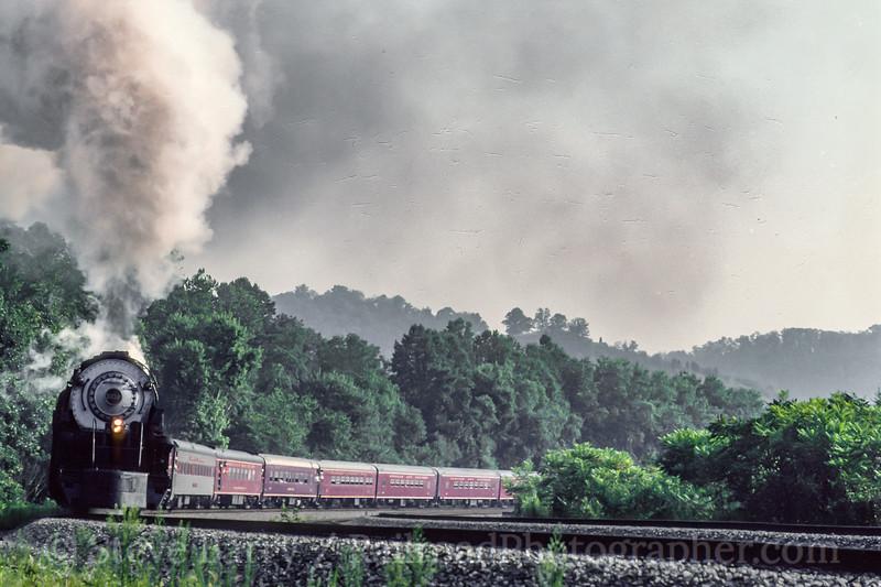 Photo 5466<br /> Norfolk & Western 1218<br /> Prichard, West Virginia<br /> August 1991