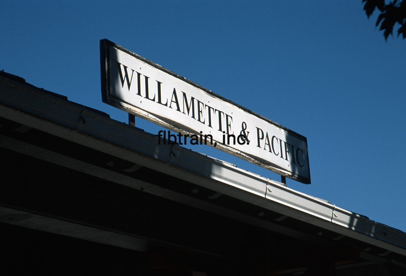 WPR1997093518 - Willamette & Pacific, Mcminnville, OR, 9-1997