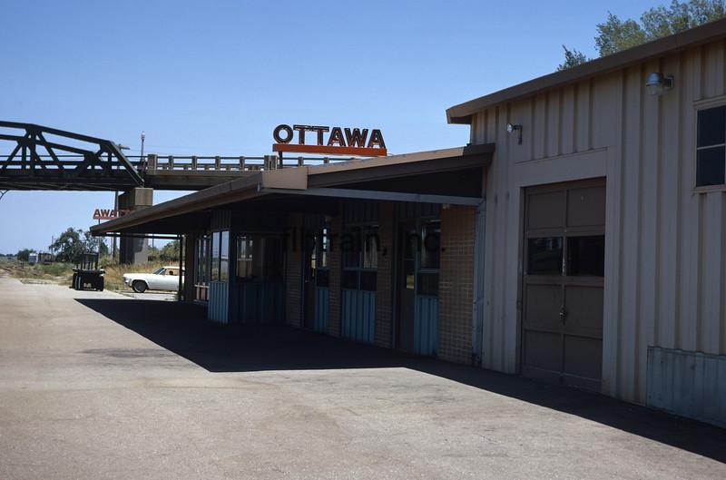 SF1969090005 - Santa Fe, Ottawa, KS, 9/1969