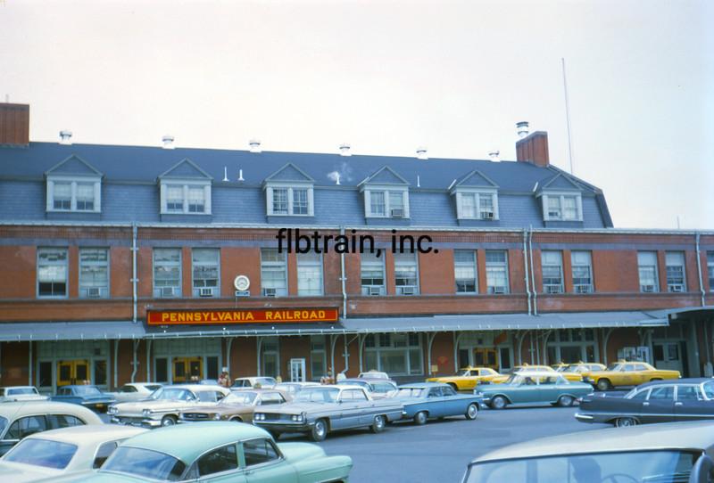 PRR1966040011 - Pennsylvania RR, Harrisburg, PA, 4-1966