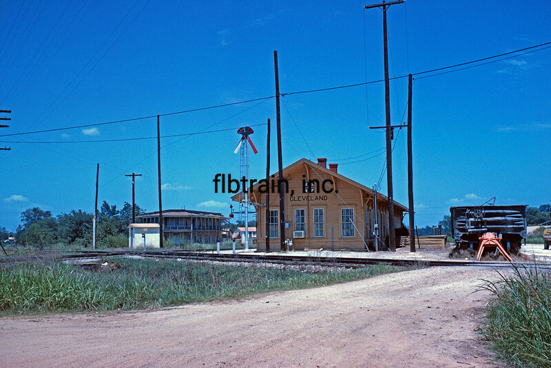 SF1963070003 - Santa Fe, Cleveland, TX, 7/1963