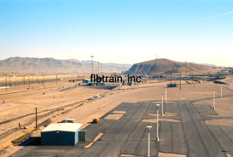 SF1976010003 - Santa Fe, Barstow, CA, 1-1976