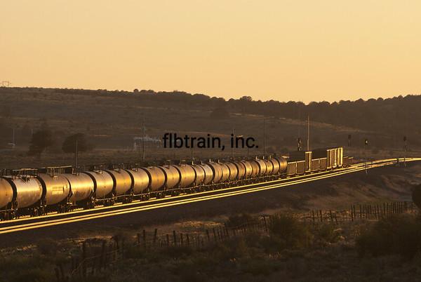 BNSF2012051545 - BNSF, Seligman, AZ, 5/2012