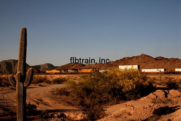 UP2004039066 - Union Pacific, Shawmut, AZ, 3/2004