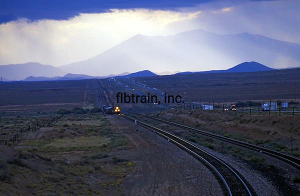BNSF2003090218 - BNSF, Winslow, AZ, 9/2003