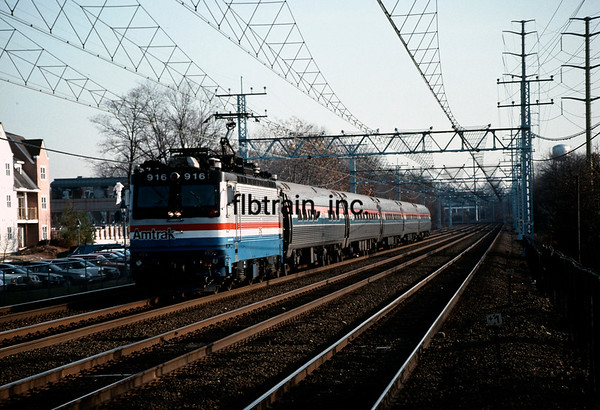 AM1991120019 - Amtrak, Old Greenwich, CT, 12/1991