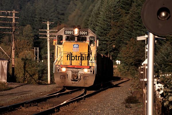 UP1997090461 - Union Pacific, Multnomah Falls, OR, 9/1997