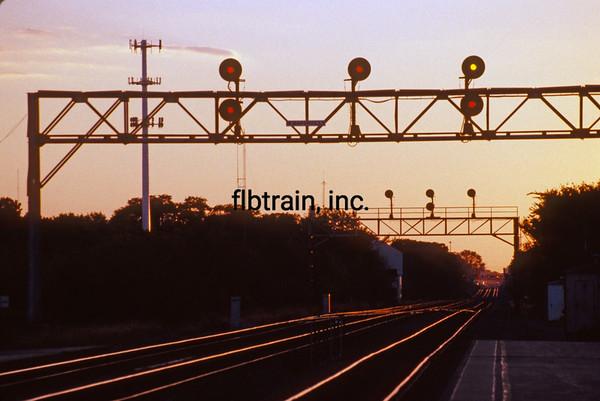 BNSF1999090049 - BNSF, Naperville, IL, 9-1999