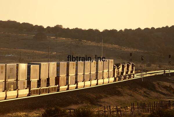 BNSF2012051500 - BNSF, Seligman, AZ, 5/2012