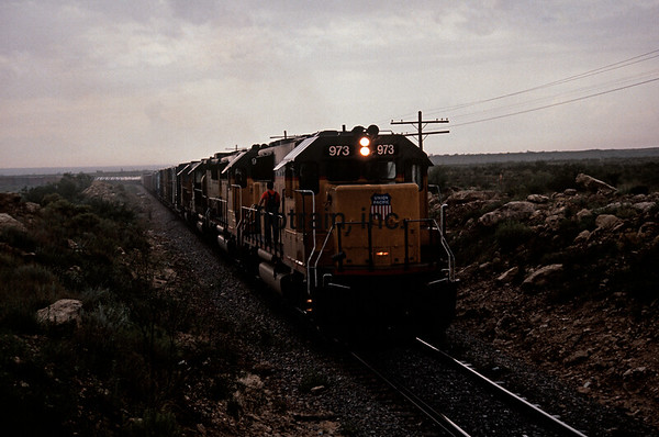 UP1991070008 - Union Pacific, Penwell, TX, 7/1991