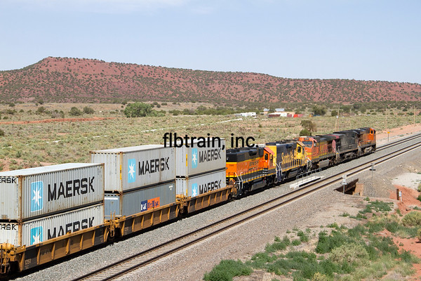 BNSF2012051733 - BNSF, East Abo Canyon, NM, 5/2012