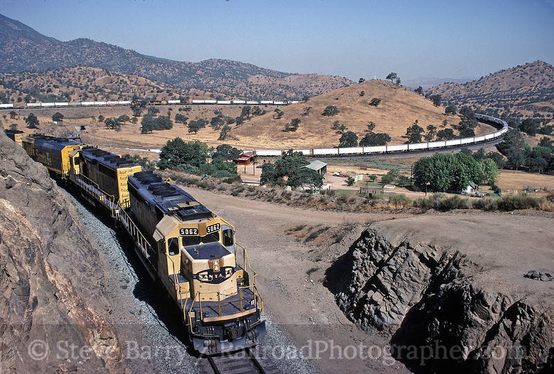 Photo 0045<br /> Atchison, Topeka & Santa Fe; Tehachapi Loop, Walong, California