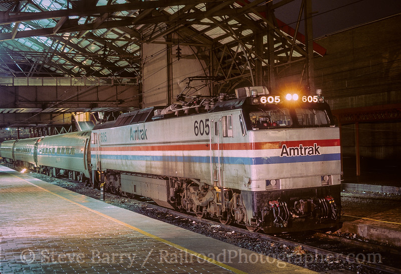 Photo 5012<br /> Amtrak<br /> Harrisburg, Pennsylvania<br /> April 1989