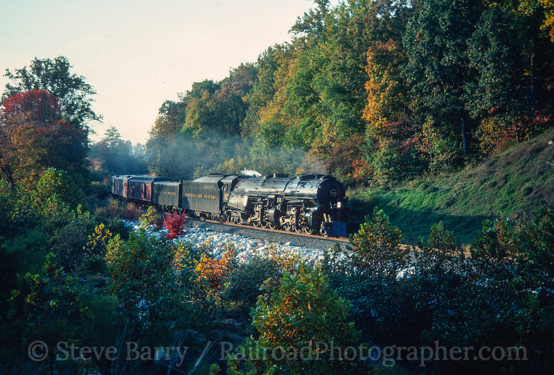 Photo 5201<br /> Norfolk & Western 1218<br /> Broad Run, Virginia<br /> October 1989