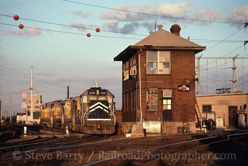 Photo 0332<br /> Terminal Railroad Association of St. Louis; Gratiot Tower, St. Louis, Missouri<br /> June 1990