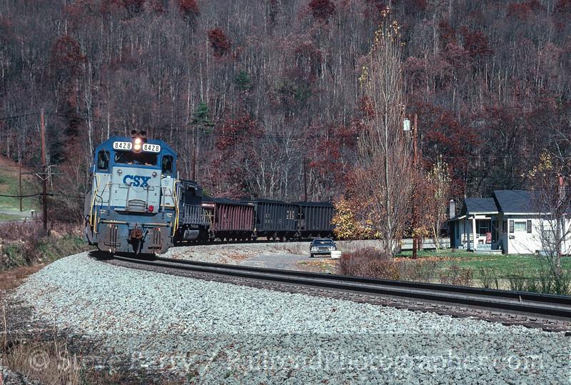 Photo 3024<br /> CSX Transportation; Hanging Rock (St. Paul), Virginia<br /> November 1990