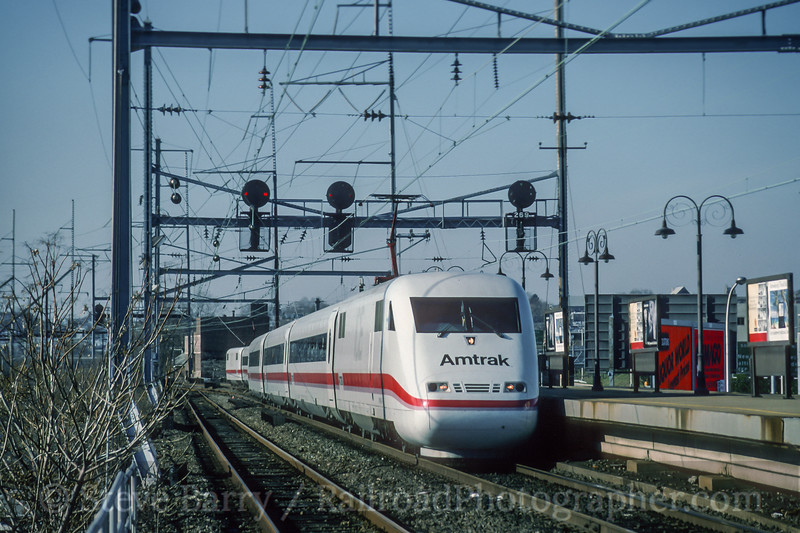 Amtrak; Wilmington DE; 12/1993