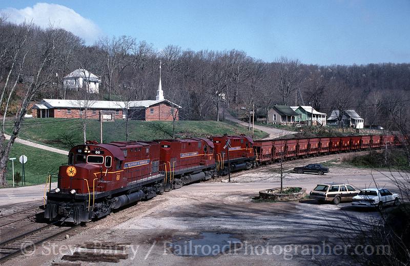 Photo 0005<br /> Arkansas & Missouri; Winslow, Arkansas<br /> April 9, 1993
