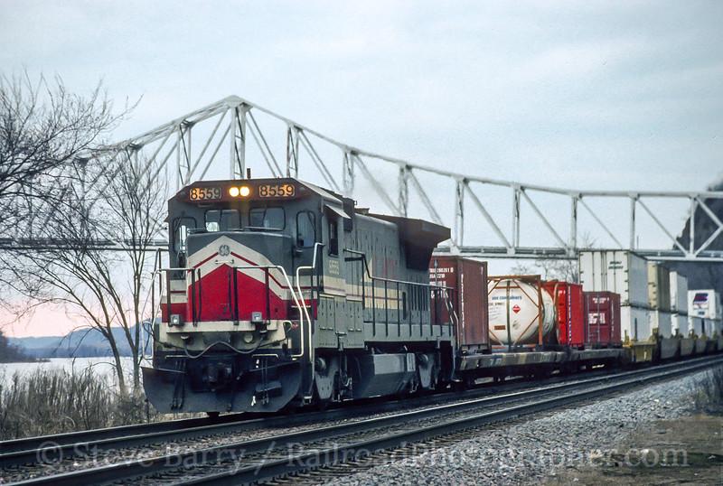 Burlington Northern; Savanna IL; 4/1993