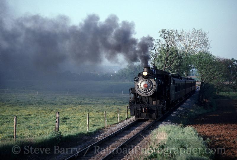 Photo 1152<br /> Strasburg; Carpenter's Crossing, Paradise, Pennsylvania<br /> May 19, 1993