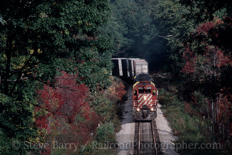 Photo 0163<br /> Canadian Pacific (on New York, Susquehanna & Western); Stockholm, New Jersey<br /> October 10, 1994