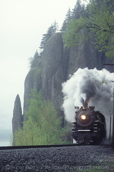 Photo 0498<br /> Spokane, Portland & Seattle 700; Cape Horn, Washington<br /> April 2001