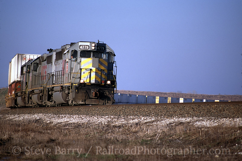 Photo 0287<br /> Kansas City Southern; Metro, Texas<br /> March 2001