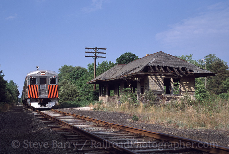 Photo 0595<br /> Cape May Seashore Lines; Wildwood Junction, New Jersey<br /> May 2001