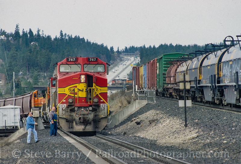 Photo 3534<br /> Burlington Northern & Santa Fe; Latah Junction, Spokane, Washington<br /> April 2001