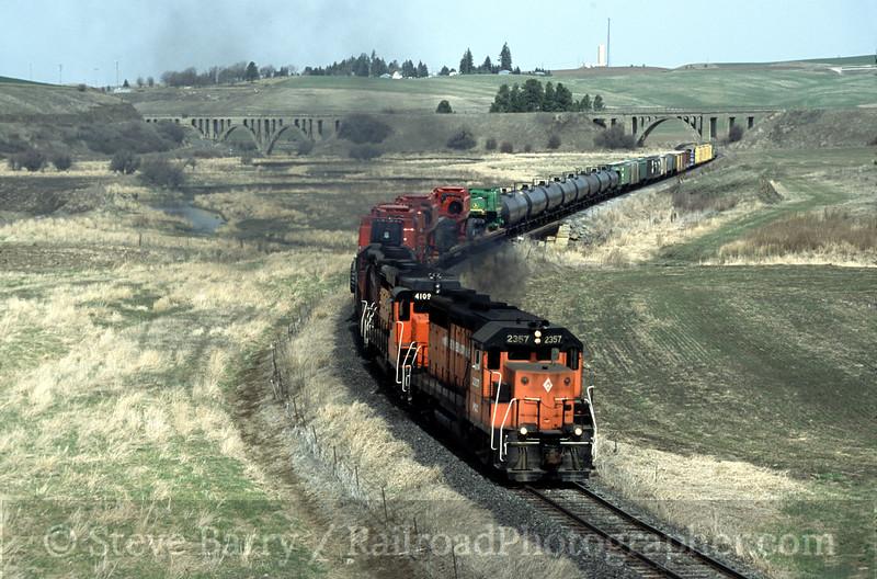 Photo 1199<br /> Palouse River & Coulee City; Rosalia, Washington<br /> April 2001