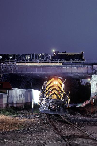 Photo 0234<br /> Delaware Lackawanna; Bridge 60, Scranton, Pennsylvania<br /> August 2001