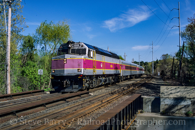 MBTA; North Billerica MA; 5/2003