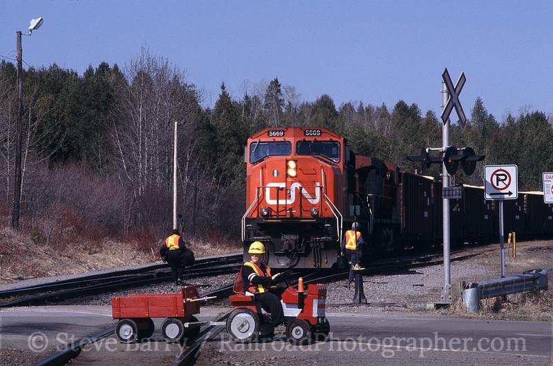 Canadian National; Chambord QC; 5/14/03