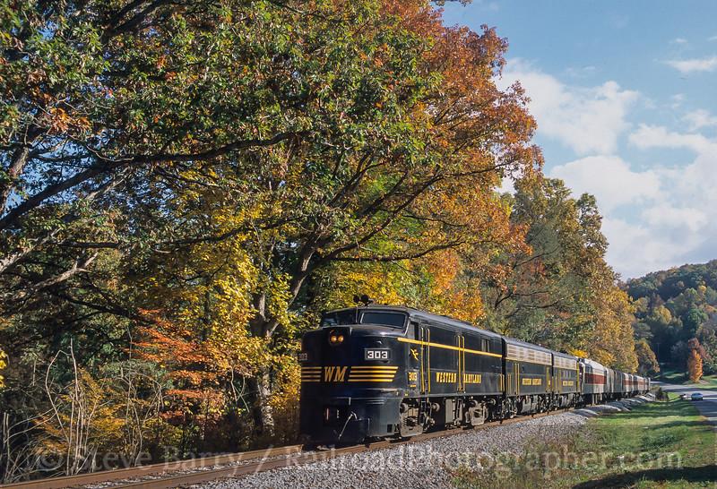 Photo 4857<br /> West Virginia Central<br /> Junior, West Virginia<br /> October 2003