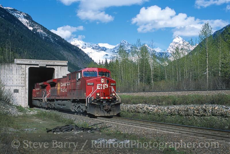 Photo 4462<br /> Canadian Pacific<br /> Macdonald Tunnel, Glacier, British Columbia<br /> May 2004