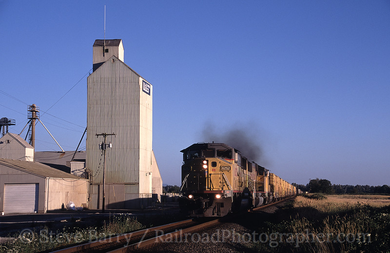 Photo 0892<br /> Union Pacific; Tangent, Oregon<br /> July 2005