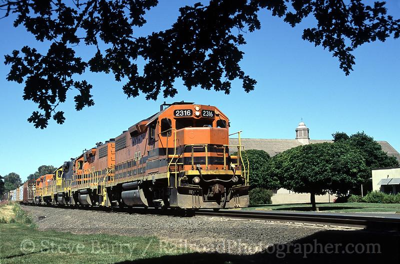 Photo 0874<br /> Willamette & Pacific; Corvallis, Oregon<br /> July 2005