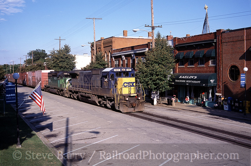 Photo 0211<br /> CSX Transportation; LaGrange, Kentucky<br /> August 14, 2005