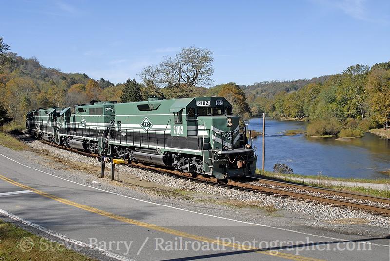 Photo 0769<br /> Appalachian & Ohio; Rangoon, West Virginia<br /> October 15, 2006