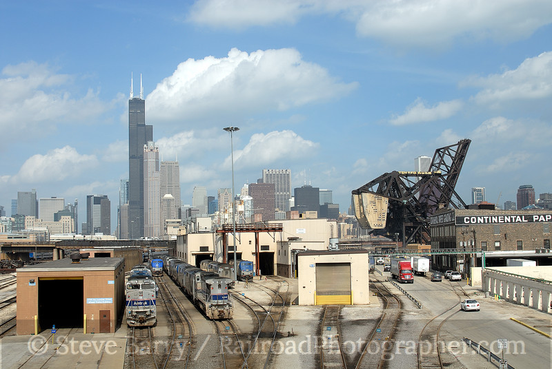 Photo 0525<br /> Amtrak; Chicago, Illinois<br /> March 26, 2007