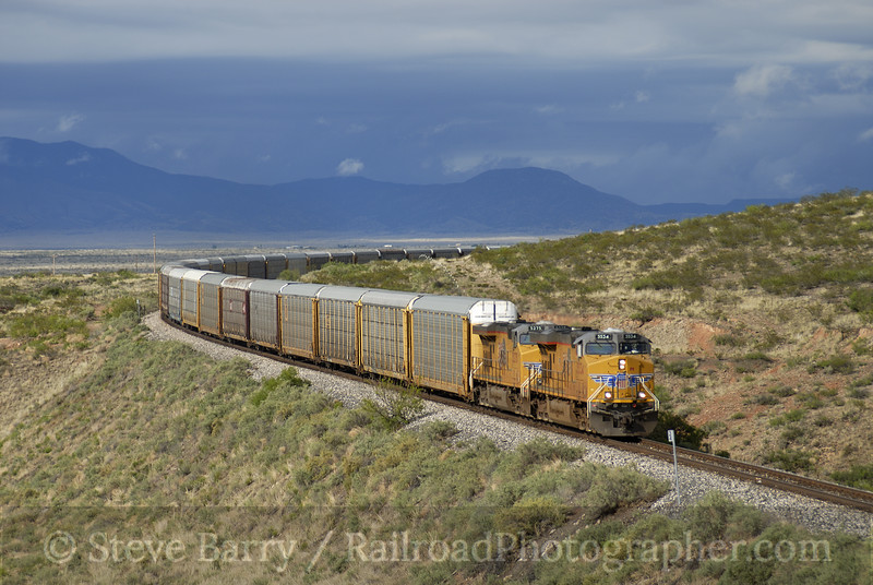 Photo 0966<br /> Union Pacific; Carrizozo, New Mexico<br /> May 18, 2007