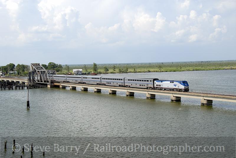 Photo 1196<br /> Amtrak; Manchac, Louisiana<br /> June 10, 2008