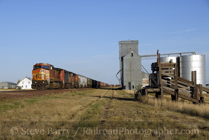 Photo 1343<br /> BNSF Railway; Galata, Montana<br /> September 9, 2008